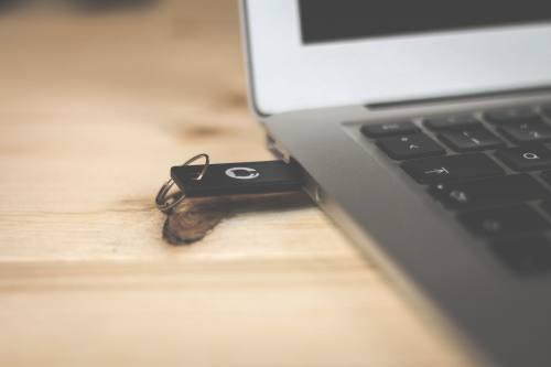 نرم افزار مدیریت USB های سازمانی
